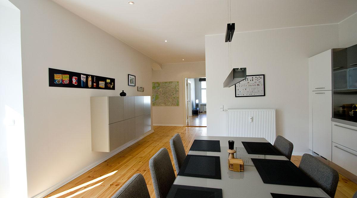 k che grau wei. Black Bedroom Furniture Sets. Home Design Ideas